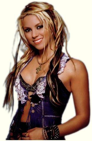 "VIDEO: Shakira ""Sale El Sol""!"
