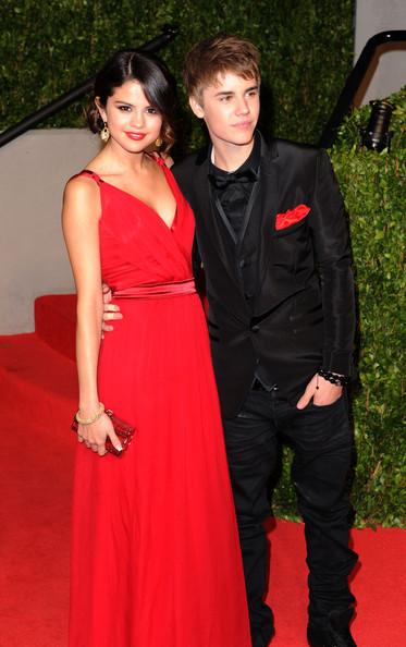 Justin Bieber's Mom Approves of Selena Gomez