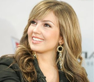 @Thalia Tells All in Her New Autobiography