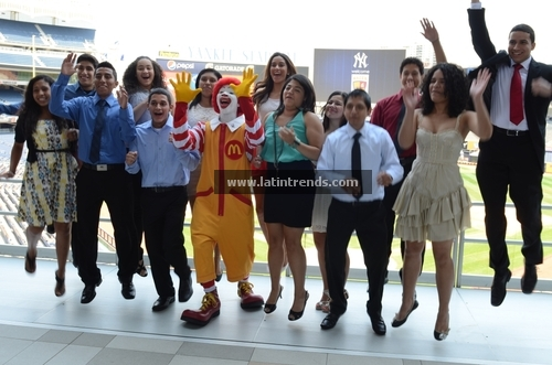 McDonalds Hacer Awards $500,000 to 22 Hispanic Students