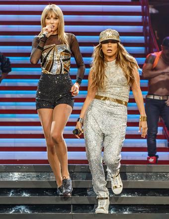 Taylor Swift and Jennifer Lopez Duet In Los Angeles