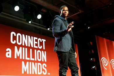 Famous Latino Victor Cruz Inspiring Our Youth