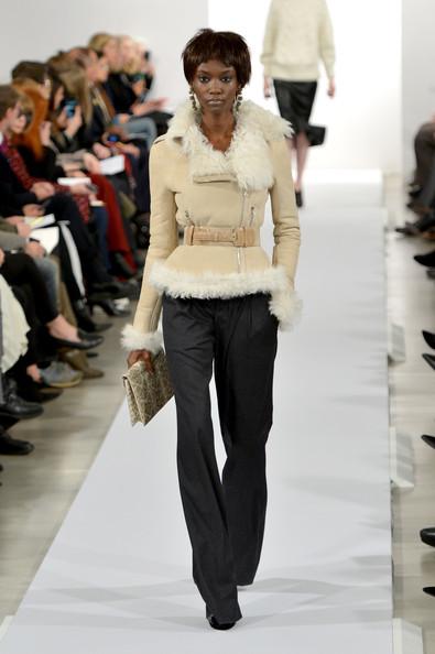 Mercedes-Benz Fashion Week Fall 2014 – Oscar de la Renta