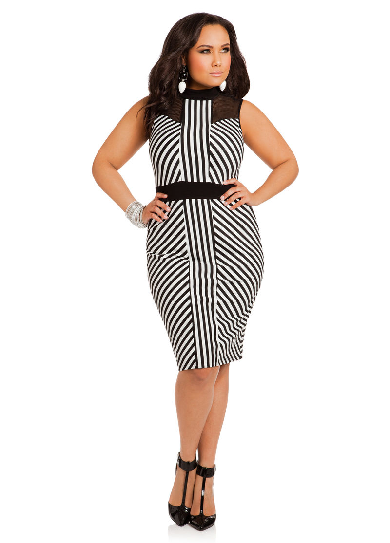 Head Turning Summer Dresses For The Curvy Ladies Under $50