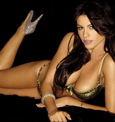 PETA Wants Sofía Vergara Pose Nude For Animal Rights!