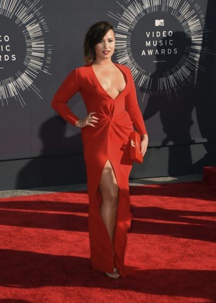 Singer Demi Lovato Embraces Her Latin Curves!