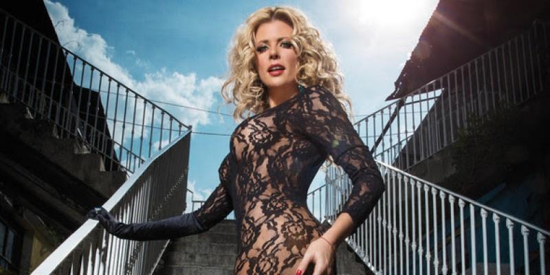 Iconic Beauty Sissi Fleitas Gets 5*