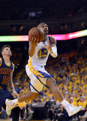 LEANDRO BARBOSA IS GOLDEN-CROWNED