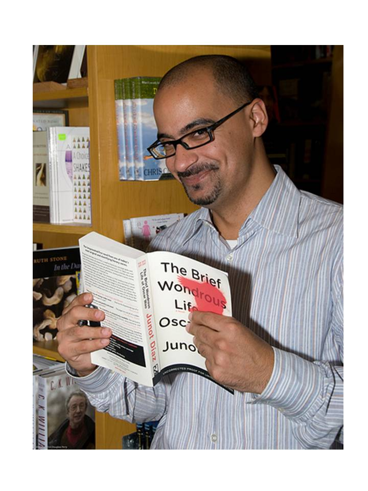 Pulitzer Prize-winner Junot Díaz, accused of being anti-Dominican by Dominican Republic's NY consul