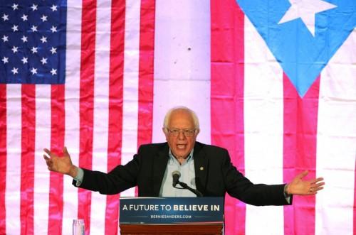 Bernie Sanders visits Puerto Rico!