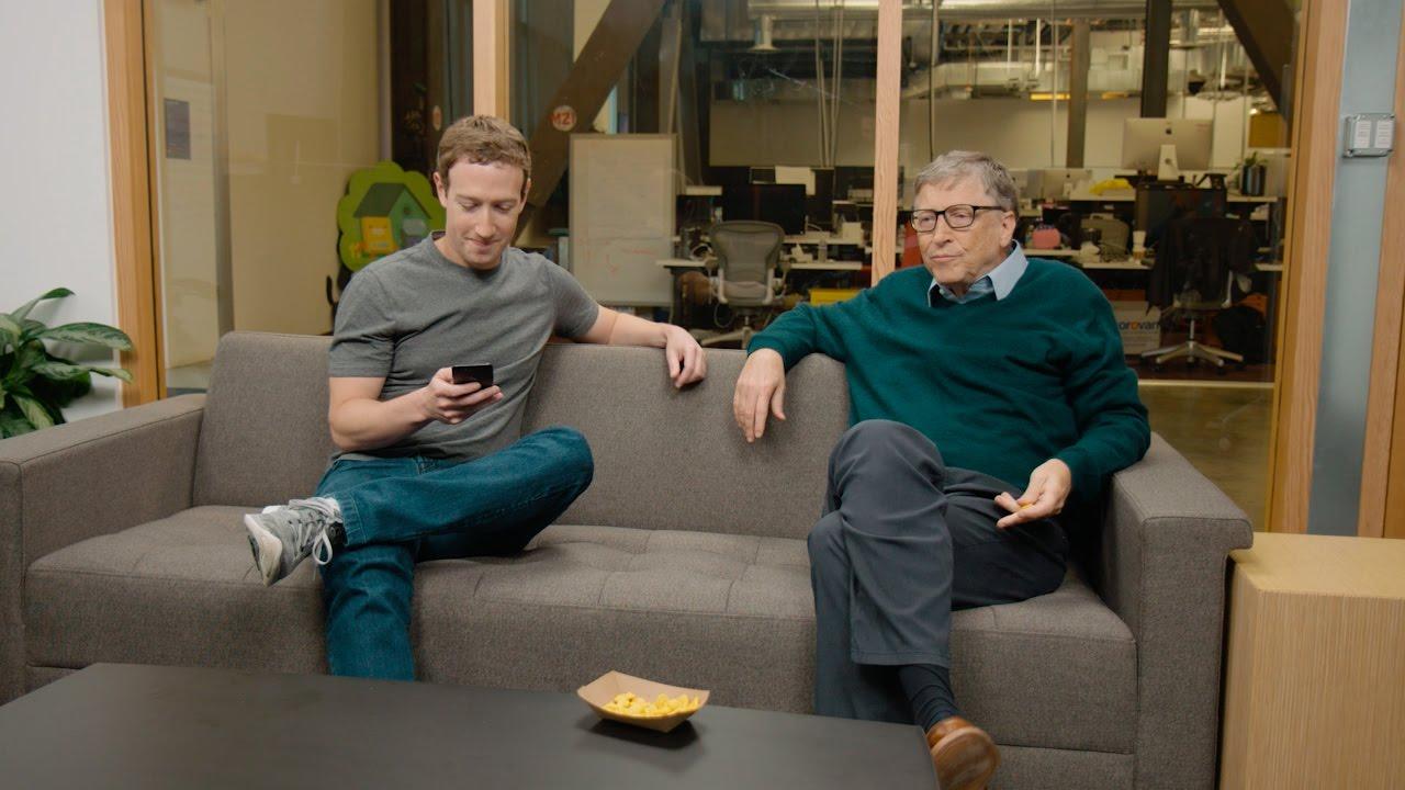 Bill Gates and Mark Zuckerberg Warn on Declining Job Market